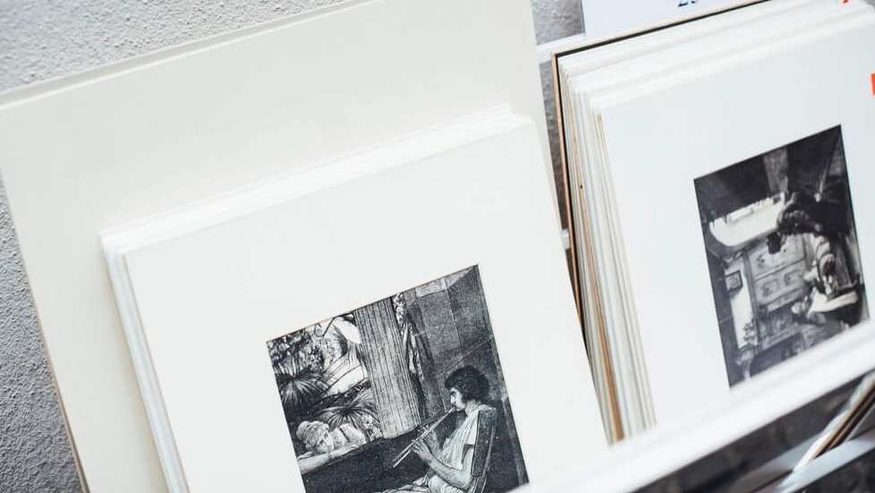Making limited edition prints, Reading